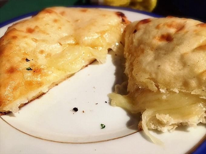 ダバインディア『チーズクルチャ(ハーフ)』