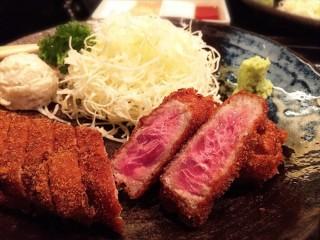 """牛かつ もと村 新橋店 – 衝撃的に美味しい""""超レア""""ロース牛カツ!"""